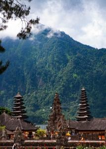 The mountains loom large over Pura Ulan Danu Bratan